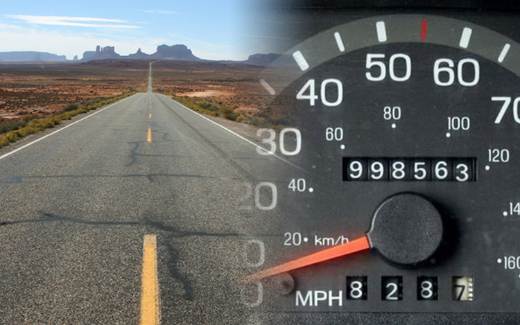 Mennyit mutat a kilométeróra? Hihetünk neki?