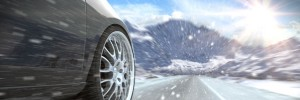 car_through_snow_UK